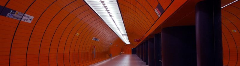 globe-business-college-munich-marienplatz-ubahn